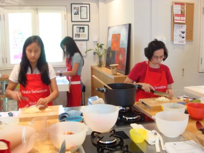 Domestic Helper Cooking Class Singapore | Cook Family Meals